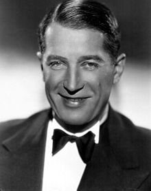220px-Maurice_Chevalier-publicity